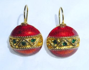 Vintage Avon Christmas Ball Pierced Earrings, 1997 ~~ Faux Emerald Crystals