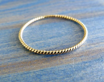 Summer In Gold. 14K Yellow Solid Gold Thin Rope Stacking Ring. Dainty Gold Ring. Delicate Jewelry. Twisted Rope. One Thin Twisted Rope Ring.