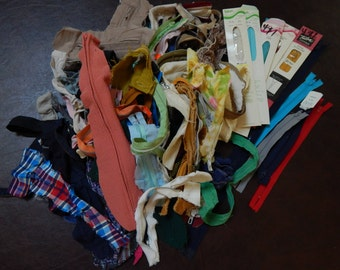 Vintage zippers, lot of about 98, most from 70s/80s