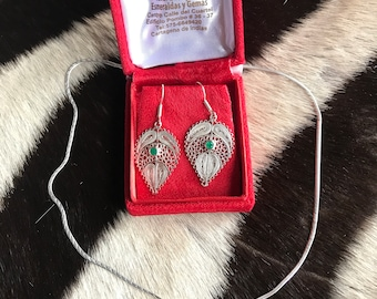 Watermark Necklace and earring set of emerald in silver