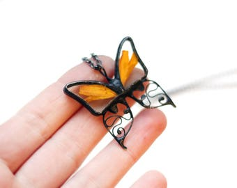 Orange Black Butterfly Terrarium Necklace, Real Flower Petals Jewelry, Marigold Floral Gift Unique, Botanical Nature Look