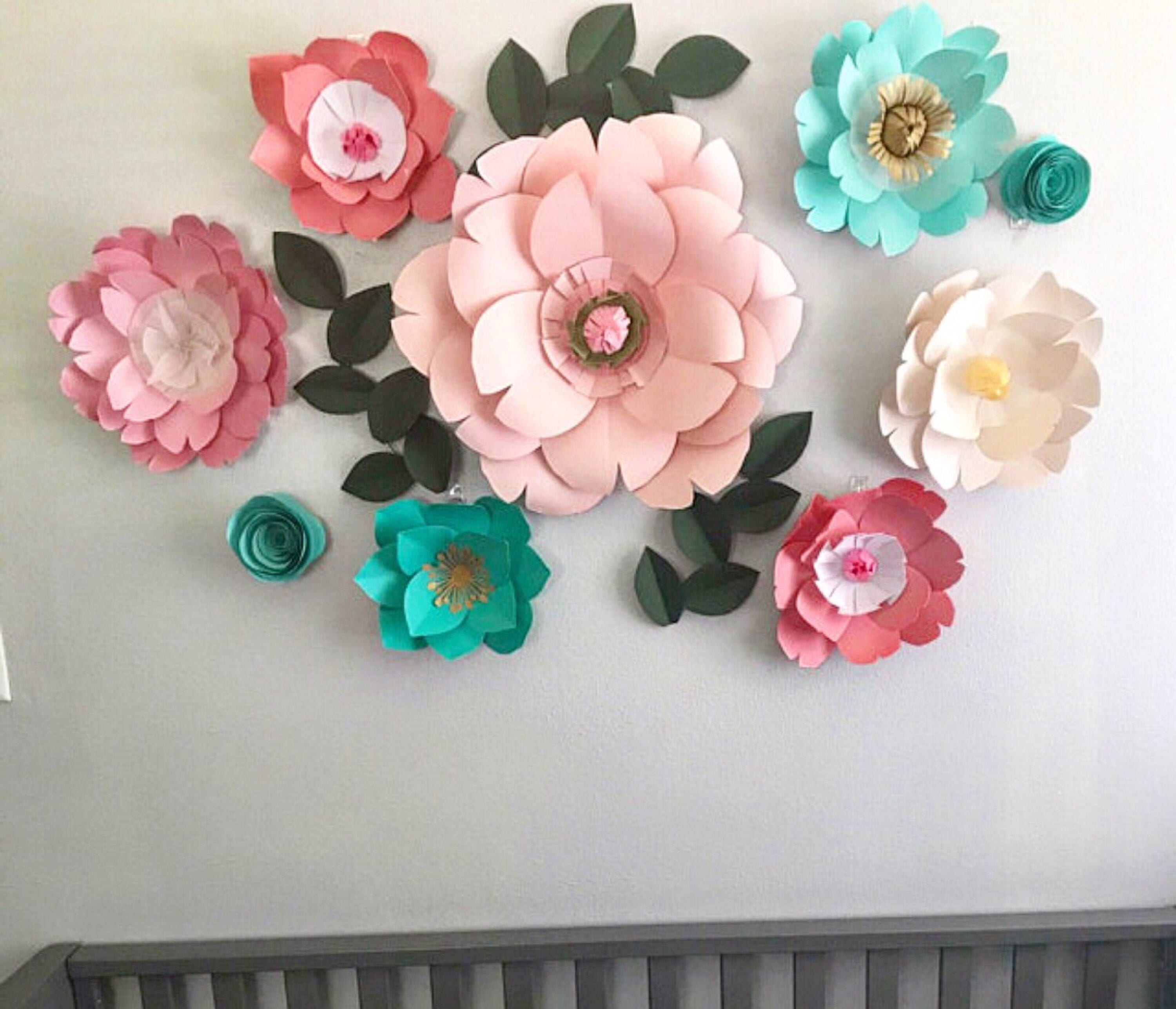 paper guide crafty types decor flower paperflowergirlsmiami by wall on flowers craft group room ideas large pinterest rose pin gift