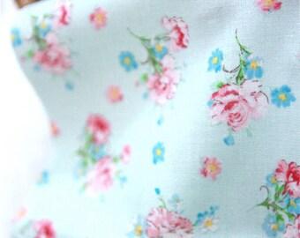 Carnations Cotton Fabric - Mint - per Yard 31462