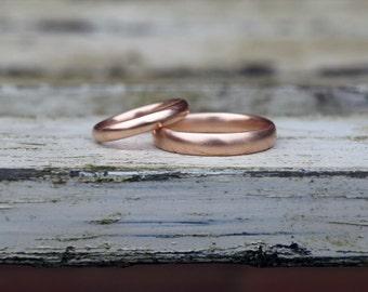 Rose gold wedding band set, red gold wedding ring set