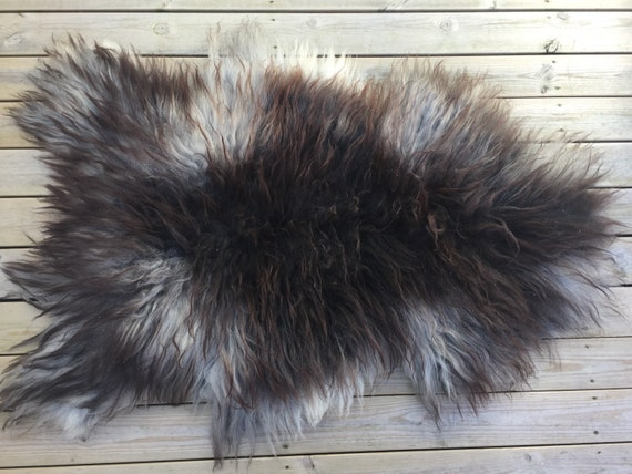 Real natural Sheepskin rug supersoft rugged throw from Norwegian norse breed long haired sheep skin grey black 18070