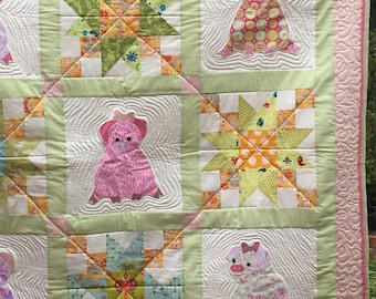 My Pink Pigs cot quilt