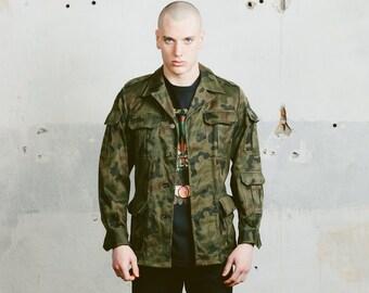 Vintage Camo Jacket . Men's Military Style 90s Parka Jacket Khaki Green Camouflage Army Jacket Spring Outerwear Boyfriend Gift . size Medium