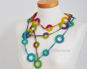 Crochet circle necklace, rainbow colors, N382