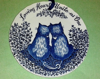 "ROYAL CROWNFORD Staffordshire *Cats"" Ironstone Wall Plate ""Loving Hearts Unite As One"" (5"") ~ Made in England ~ Rare Vintage"