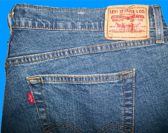 Levis 550 Relaxed Fit  Size 14 Mis L