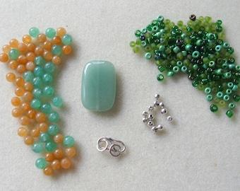 Aventurine  Glass Seed Beads Silver  Pendant Focal Beads Kit Necklace DIY Jewelry Kit  Craft Supplies, Destash