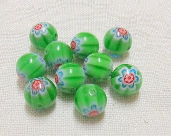 SALE - Green Glass Chevron Beads - 10 mm - Set of 10