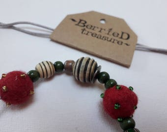 Berried Treasure berry-beaded necklace