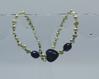 Handmade Genuine Amethyst Heart and Freshwater Pearl beaded bracelet - purple and white with silver details