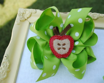 Apple Picking Hair Bow Set Fall Hair Bows for Girls to Match Back to School Outfit for Girls Green Apple Ribbon Hair Bow MJ Sister Bow Set