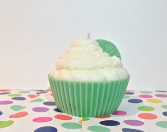 Jumbo Key Lime Cupcake - Buttercream Dessert candle - Scented Candles