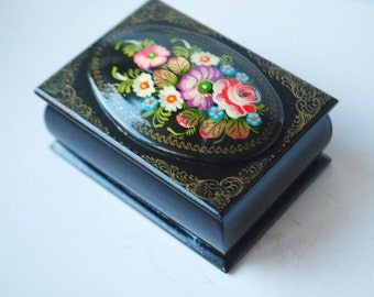 Boho russian vintage 80s black lacquer rectangular, small box with a  hand painted folk flowers.