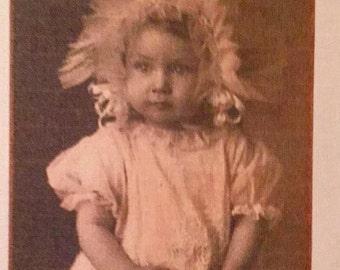 "Little Girl fusible vintage image 2""x3"""