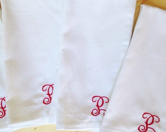 Monogram Cloth Dinner Napkin  - Set of 4 / Cotton Napkin / Mothers Day Gift