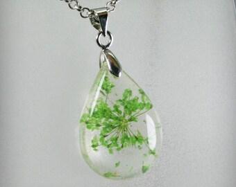 SALE...Teardrop Resin Pendant with flowers of dried flowers   ,   Resin  flowers of dried flowers  Jewelry , Botanical  Pendant