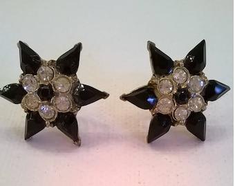 Vintage Black Earrings - Star Earrings of Black Glass and Clear Rhinestones - 1950s Screwback Style RS Earrings