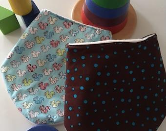 Multipack Daylong FinPin Baby bibs- squirrel and dot