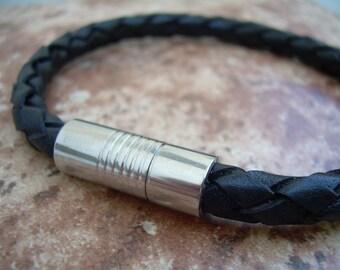 Men's Black Braided Leather Bracelet, Stainless Steel Magnetic Clasp, Men's Bracelet, Men's Jewelry, Leather Jewelry,Gift for him,Men's Gift