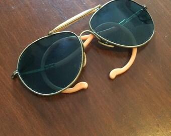 Unique Vintage Blue/Green Aviator Sunglasses