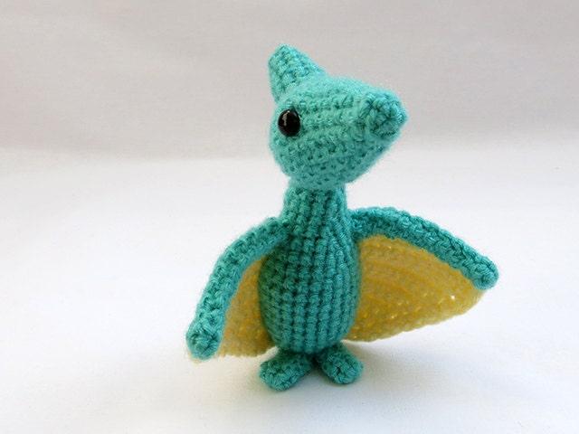 Amigurumi dinosaur pattern : Crochet pattern pdf amigurumi pterodactyl dinosaur