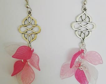 Dangle earrings - leaf & cable