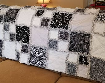 Bold black and white rag quilt throw