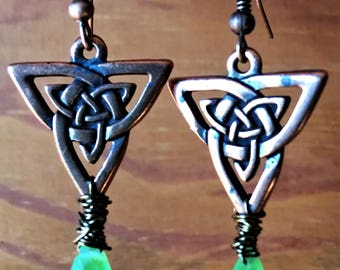 Peridot and copper celtic knot earrings