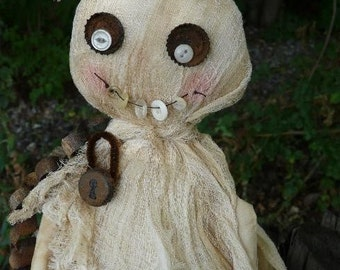 Halloween BOO GHOST doll Pattern PDF - primitive chains lock banner buttons bottlecap cheesecloth