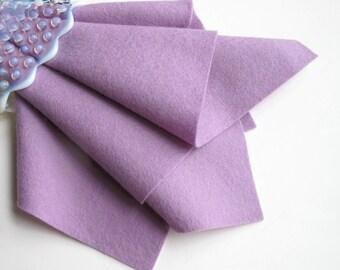 Lilac Wool Felt, 100% Wool, Pure Merino Fiber, Felt Sheet, Light Purple Felt, 1mm Thick Felt, Washable Felt