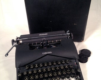 1940's L C Smith & Corona STANDARD manual typewriter Serviced w Wooden Case