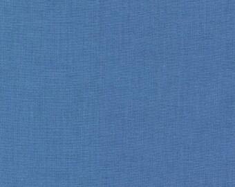 Delft Blue Solid KONA COTTON from Robert Kaufman Fabrics - K001-1101