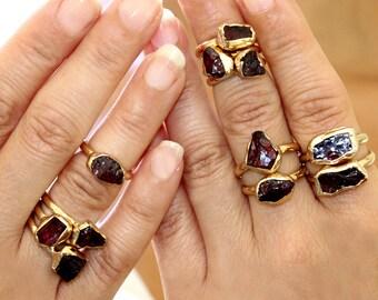 Raw Garnet Ring, Garnet, January Birthstone Ring, Garnet Ring, Raw  Gemstone Ring, Stacking Ring, Gold Ring, Raw Crystal Ring, Minimal Ring.