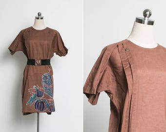 1970s Vintage Brown Dress / Boho Shift Dress / Summer Dress / Tribal Print / Made in Japan / Size L XL