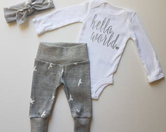 Baby Girl Coming Home Outfit. Neutral Newborn Baby Coming Home Outfit. Leggings. Top Knot Headband. Baby Girl Take Home Outfit. Sip and See.