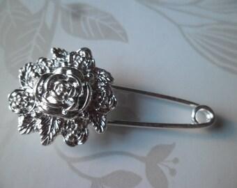 x 1 flower pin brooch Silver 5.7 x 2.4 cm