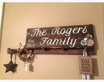 Family EST Sign + Personalized Display + Family + Wedding Gift + Bridal Shower + Rustic Display Board + anniversary + Valentine's Day gift