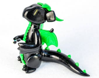 Xbox gamer dragon with an Xbox One controller, Xbox 360, video games, dragon figurine, black and glow in the dark, silver, made to order