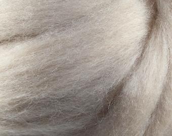 Wool Roving - 1oz - Flesh