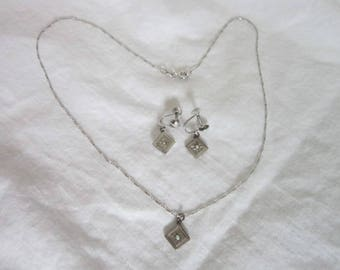 Italian Sterling Silver Necklace & Screw Back Earring Set with real Pearls