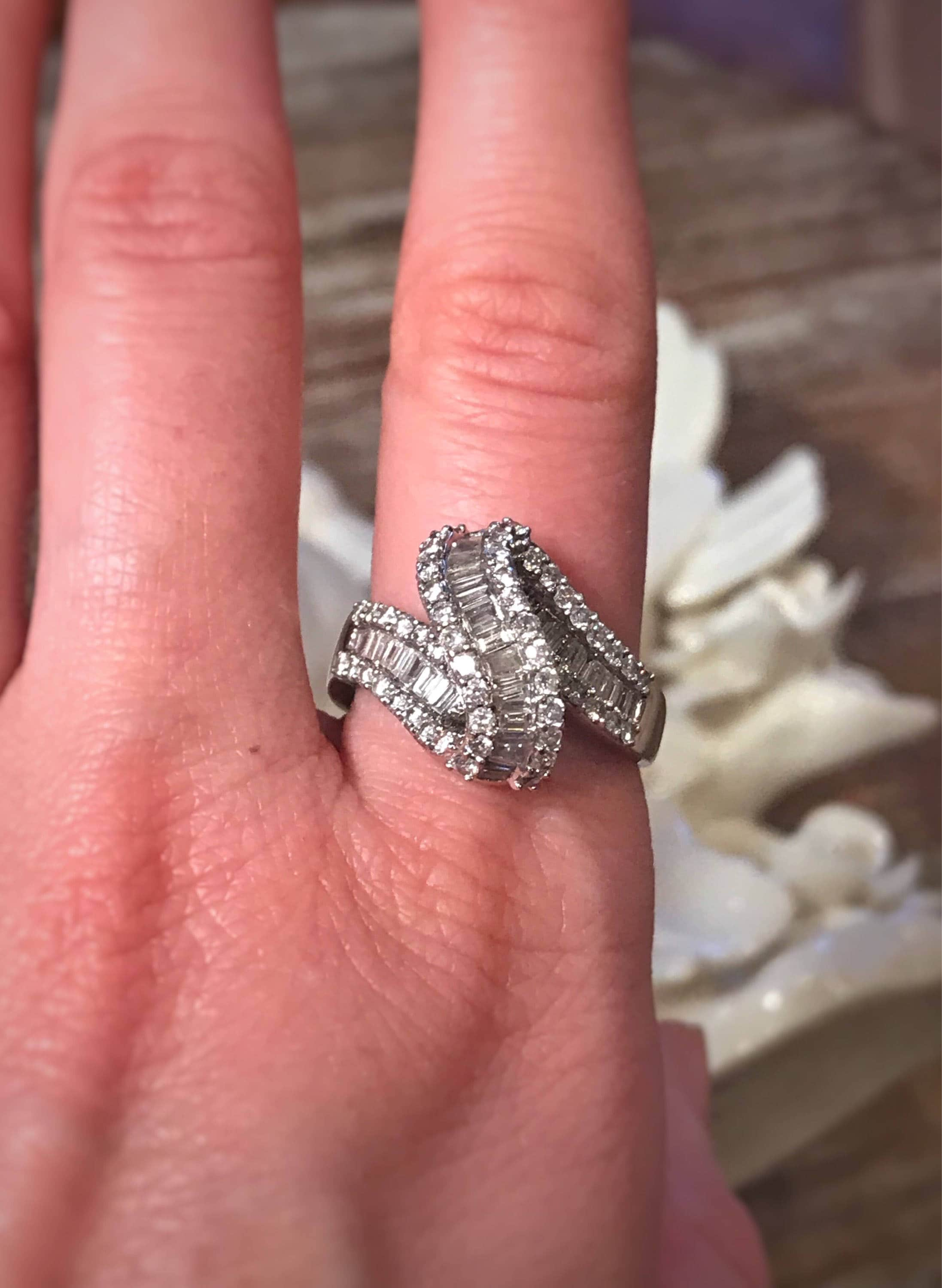 Over 2 carat Unique Designs Diamond Statement Ring hand ring