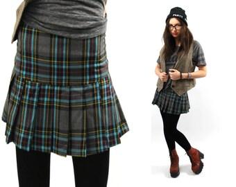 Plaid mini skirt, Checkered skirt, Grey plaid skirt, Vintage skirt, 90s mini skirt, School girl skirt, Pleated skirt, Grey skirt / XS Small