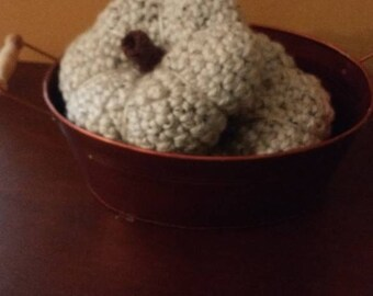 Crochet fall pumpkins (various sizes)