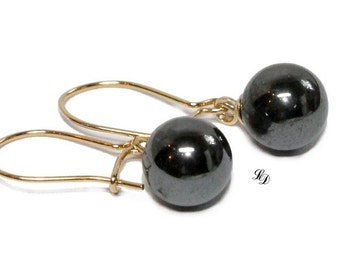 Gold vermeil and pearl earrings, womans, dangle, elegant, pearl, modern,  grey, fashion, simple, minimalist - Free shipping!
