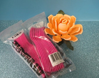 Craft Plastic spoons  hot pink 2 packages   24 total
