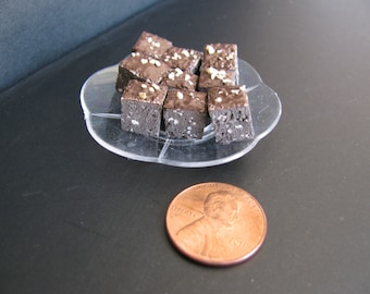 1:6 scale Brownies for Barbie, Ginny, Fashion Royalty, Blythe, or Momoko, Tyler, Poppy Parker